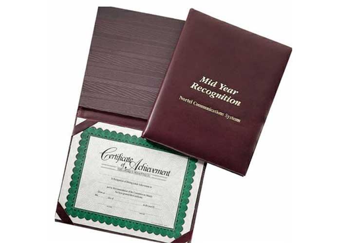 3040 - Certificate Presenter
